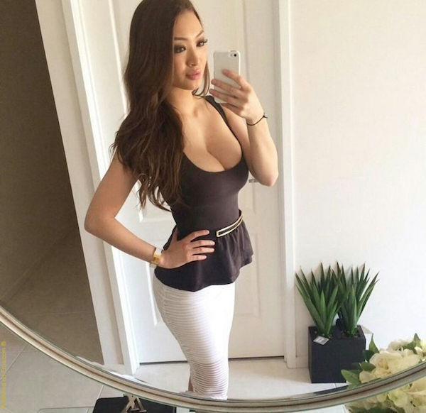 Twerking social media slut with huge juicy bubble butt - 2 part 9